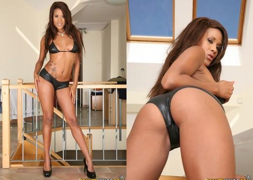 Keisha Kane - Special Treatment - Mike's Apartment - Ebony Image Gallery