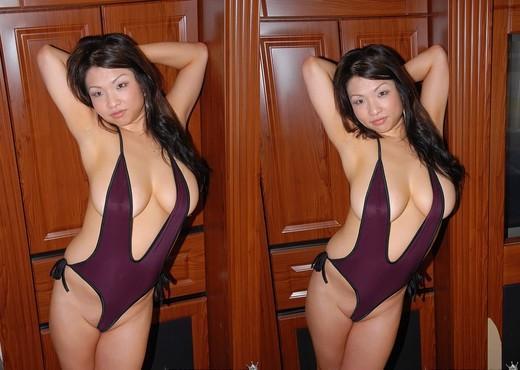 Alexis Monroe - Sexy Alexis - MILF Hunter - MILF Sexy Gallery