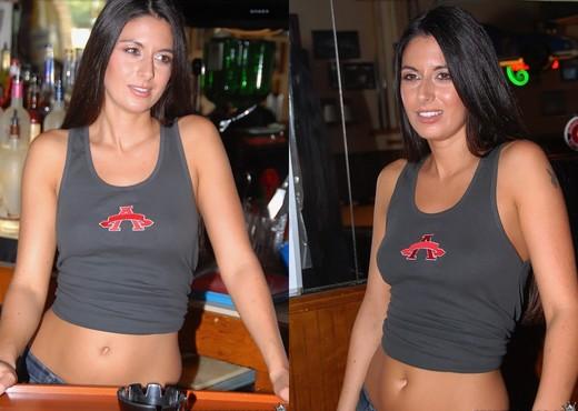 Nikki Daniels - Sinful Seductress - MILF Hunter - MILF Nude Pics