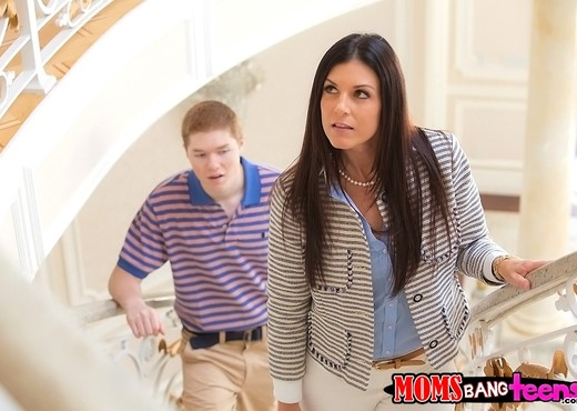 India Summer, Veronica Radke - Sex Ed - Moms Bang Teens - Hardcore Sexy Gallery