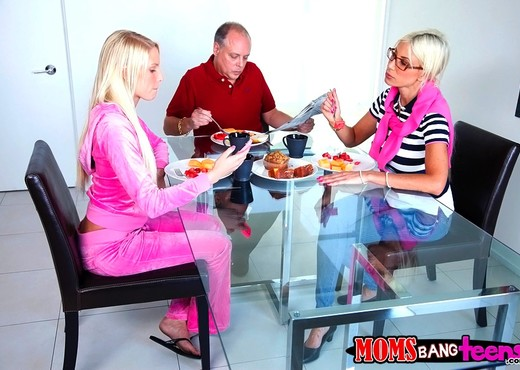 Vanessa Cage & Puma Swede - Dirty Minds - Moms Bang Teens - Hardcore HD Gallery