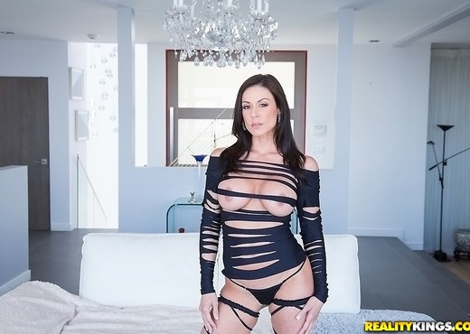 Kendra Lust - Lust At First Sight - Monster Curves - Hardcore HD Gallery