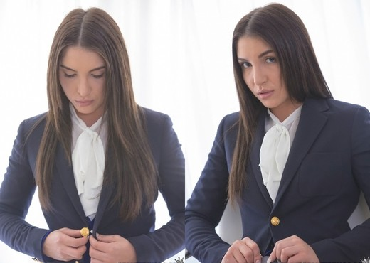 Lexi Brooks - Moment Of Passion - Pure 18 - Teen Hot Gallery