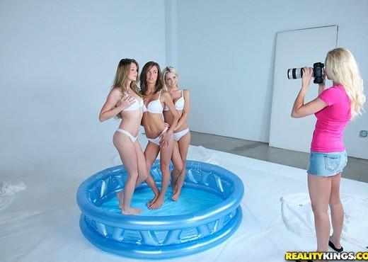 Jessi Andrews, Lux Kassidy, Malena Morgan, Sammie Rhodes - Lesbian Nude Pics