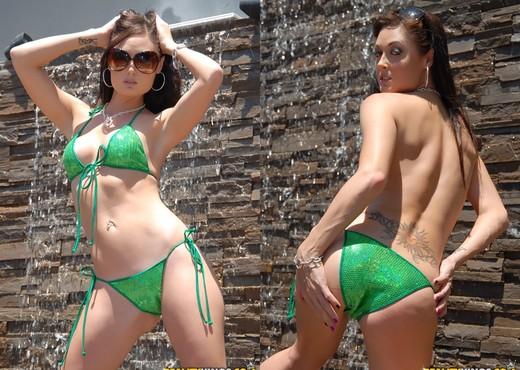 Madison Parker, Sammie Rhodes & Melissa Jacobs - Lesbian Nude Pics