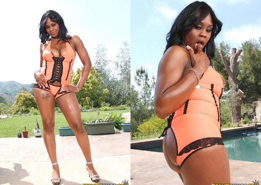 Brown Sugar - Brown Suga Babe - Round And Brown - Ebony Hot Gallery