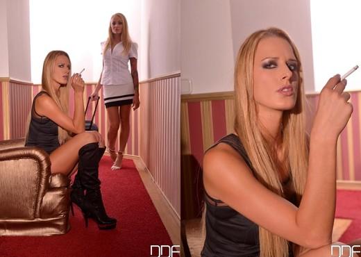 Chelsey Lanette & Kayla Green - BDSM Nude Pics