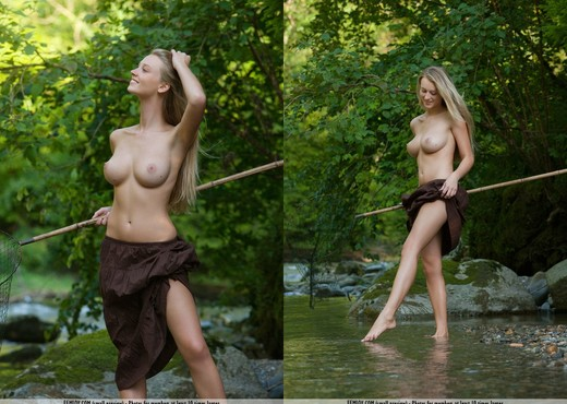 Wildlife - Carisha - Femjoy - Solo Sexy Photo Gallery